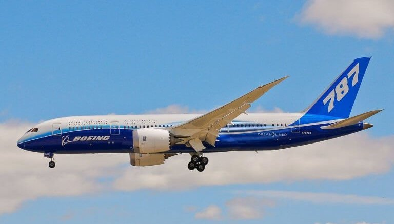 China Aircraft Leasing Group receives its first Boeing 787 Dreamliners 1