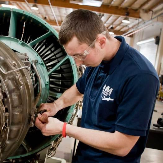 Aviation Institute of Maintenance - Las Vegas Instruction