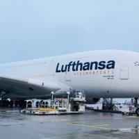 ERSTER LUFTHANSA A380 IN NEUER LACKIERUNG KEHRT HEIM