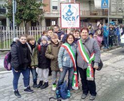 Saluzzo, 21 marzo 2018, giornata di Libera. La vicesindaca Paola Babbini insieme alla vicesindaca di Bruino Chiara Becchio