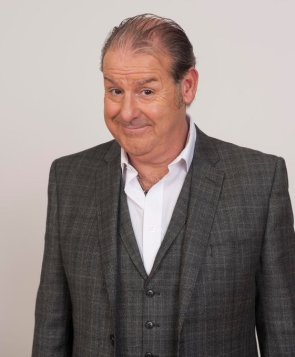Scots comedian Andy Gray panto favourite dies at the age of 61