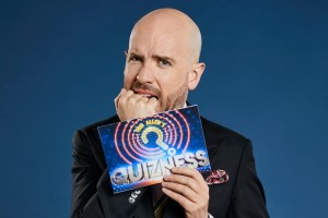 Tom Allen affable host of Quizness