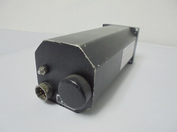501-1105-03 - AI-804J/B - ATTITUDE INDICATOR