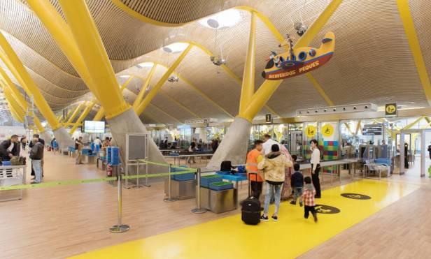 Control de seguridad del aeropuerto de Madrid Barajas