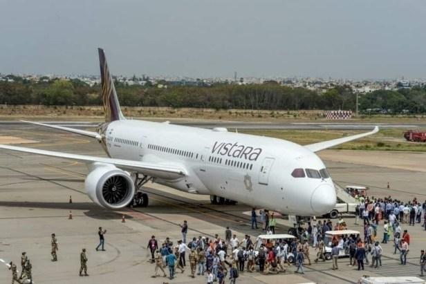 Ceremonia de entrega de un Boeing 787 a Vistara