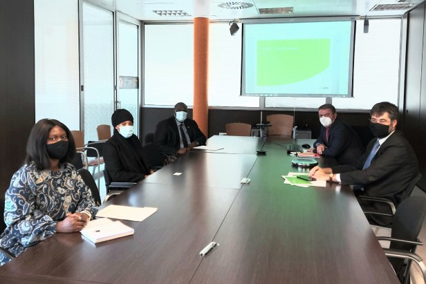 Reunión de Aena con el Consulado de Gambia en Girona