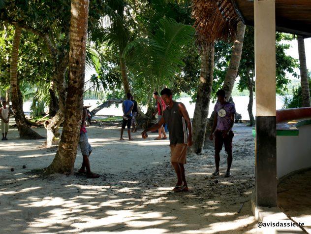 activites voyage ile aux natte sainte-marie madasgascar petanque