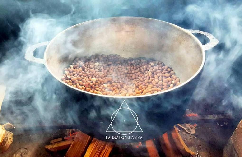 maison akka livraison samoussas ile de la reunion 974 marmite pistass feu de bois