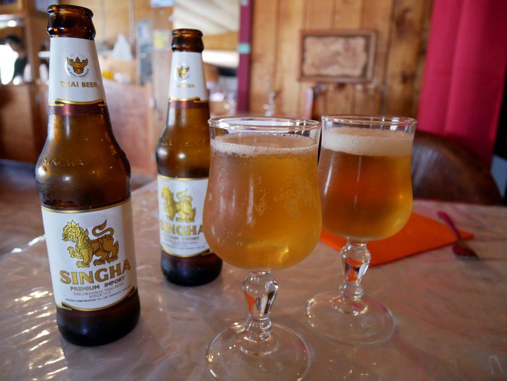 laan duangjan bonne adresse restaurant thai saint paul 974 biere