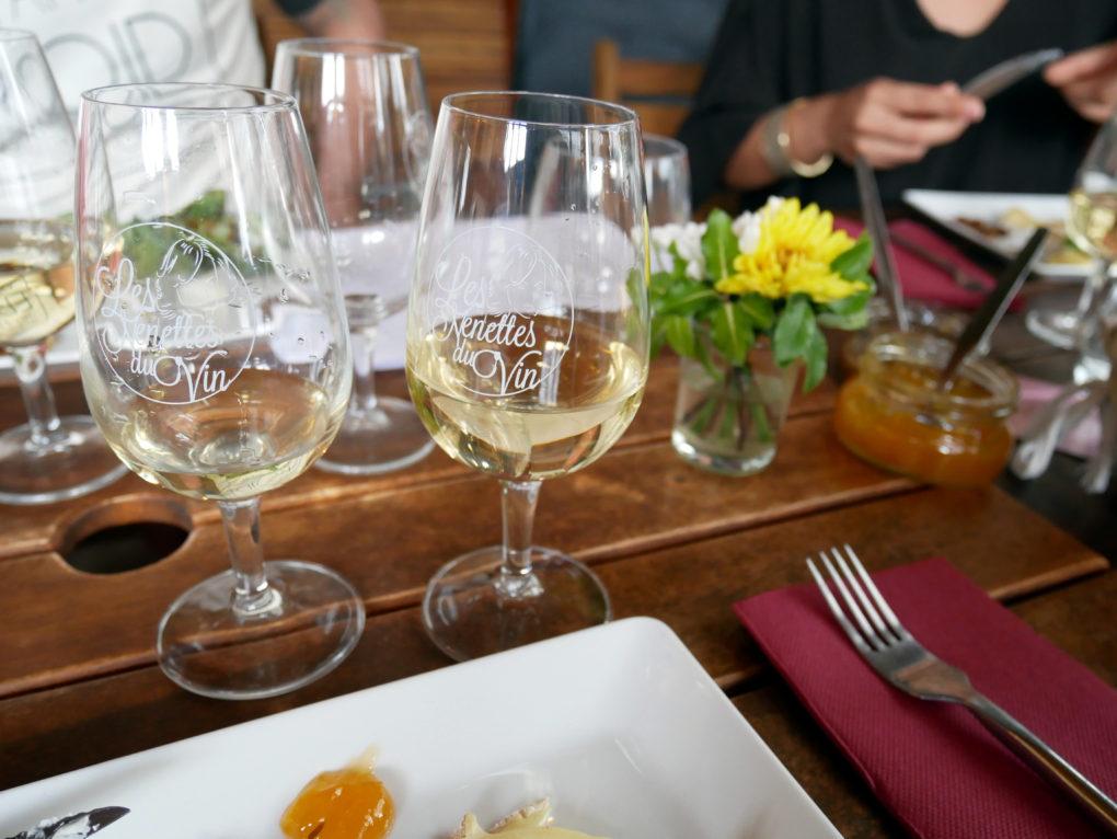 les nenettes du vin cours oenologie atelier vin fromage la reunion 974 au bon fromage verres