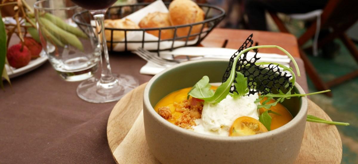 Où manger à Saint-Pierre ? 5 bonnes adresses pour votre pause déjeuner