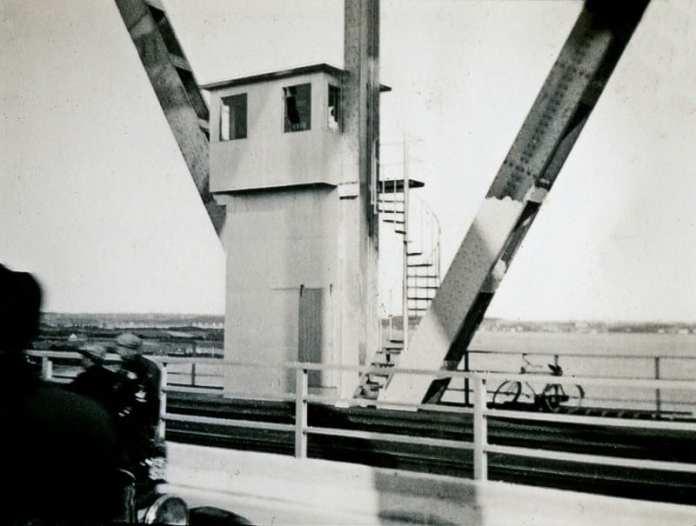Mellemblokposten på Lillebæltsbroen (Foto: DSBs arkiver)