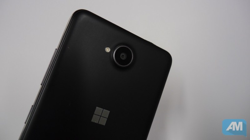 Microsoft Lumia 650 Camera