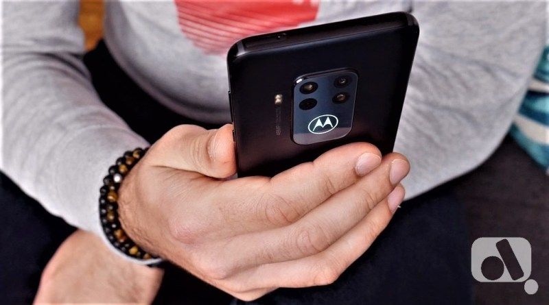 Motorola One Zoom Camera