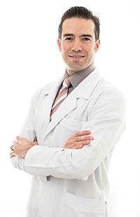 Dr. Frederico Braga Pereira, MD, PhD, oftalmologista especialista em retina, Professor de Oftalmologia, atende em Belo Horizonte, na Avistar Clínica de Olhos, excelência em Oftalmologia