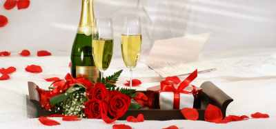 Romantic Gifts & Surprises Enhance Your Experience on BC Romantic Getaways at A Vista Villa Couples Retreat in Kelowna, BC