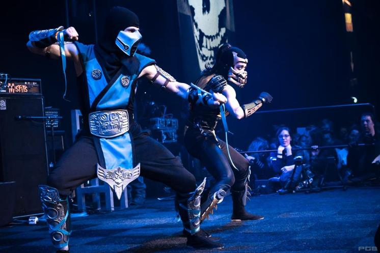 Sub-Zero & Lady Scorpion on stage at Dutch Comic Con 2015 | Photographer: Phillip Romeijn