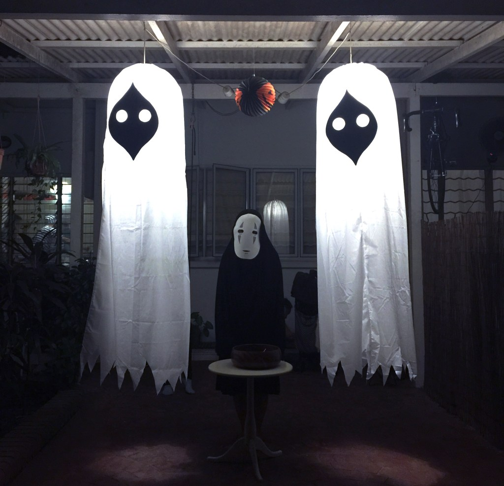 Kaonashi & the two ghosts