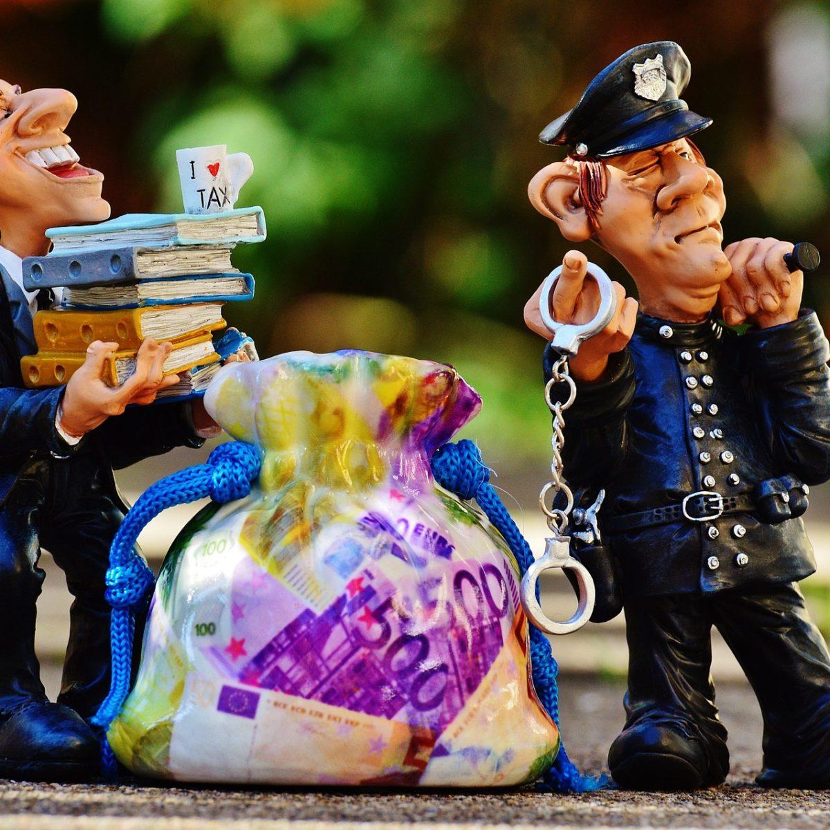 contentieux et fraude fiscale - policier arrêtant un évadé fiscal