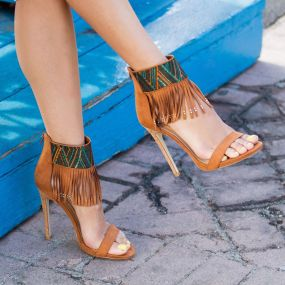 Kash's pick :: Get some Boho glam in your closet this summer with Evelyn