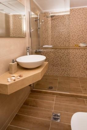Avra Apartments, Kalyves, Crete - Levantes bathroom