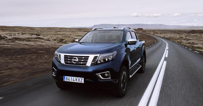 Nissan вывел на рынок обновленный пикап Navara
