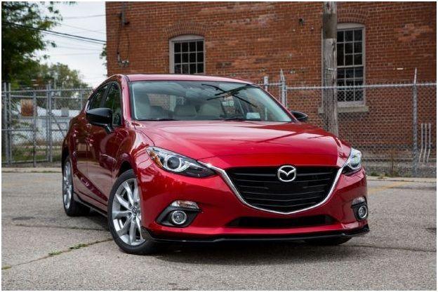 Mazda 3 пошла на отзыв - проблемы с двигателем