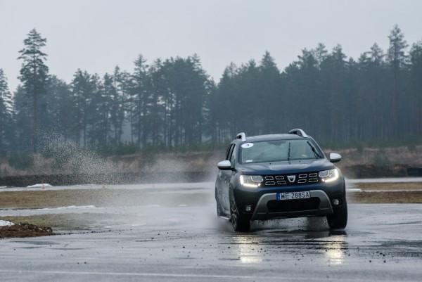 Тест-драйв кроссовера Dacia Duster