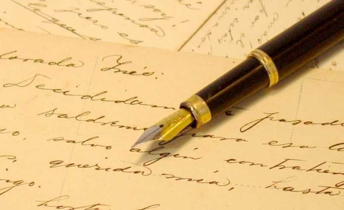 iStock_000000052126Small_pen_and_letters