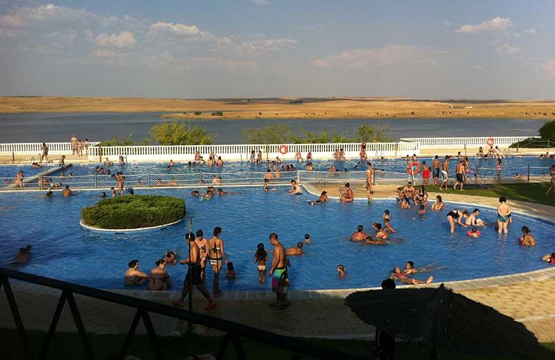 Guadipark abre sus piscinas con instalaciones renovadas y animación para todas las edades