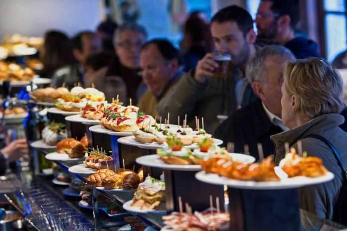 883860362barra_pintxos_inicio_orio_gastronomia_vasca