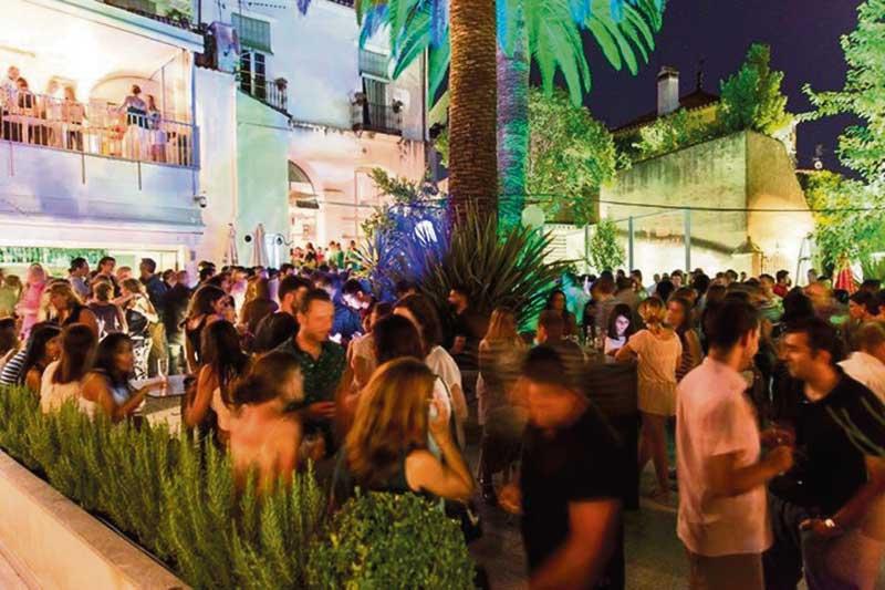 La terraza de Mastropiero,  entre las diez mejores de España