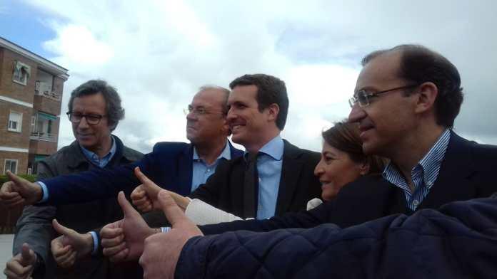 Elena Nevado, Rafael Mateos y Pablo Casado