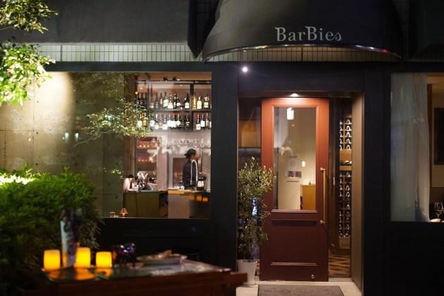 日本橋 デートで連れて行って欲しい肉とワインのテーマパーク 「焼肉 Barbies」