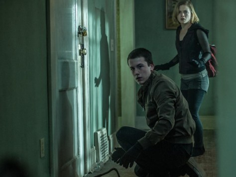 Dylan Minnette and Jane Levy in Don't Breathe