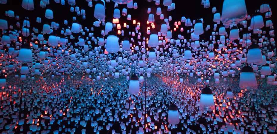 white lantern lot