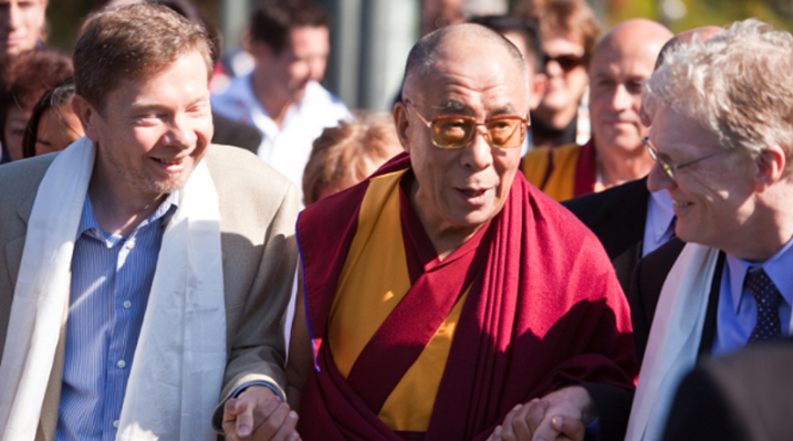 Eckhart Tolle's Vital Read to Open the Door to Spirituality