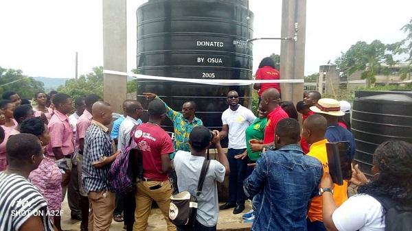 AWUSCO 2005 Year Group donates water tanks to alma mater