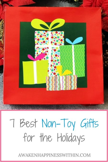 Non-Toy Gifts, Gift Giving Guide, Toy Free Gifts, Toy Free Gift Giving Guide, Parenting, Kid Gifts, Children's Gifts, Gifts, Children, Holidays, Christmas, Holiday Gift Guide, Christmas Gift Guide