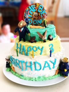 Parenting, Easy Birthday Cakes, DIY Birthday Cakes, Disney Cakes, Disney, Zootopia Cake,