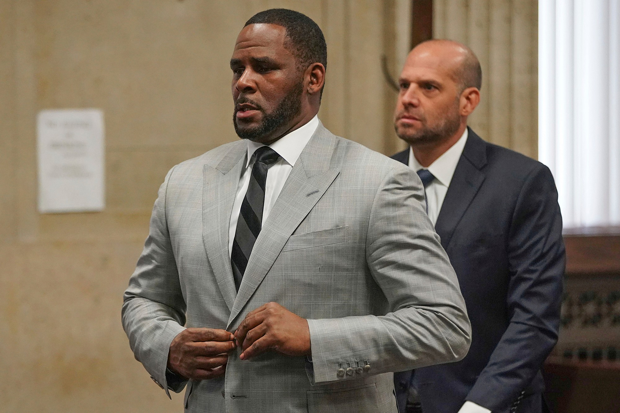 R.Kelly's Attorney compares him to Dr. Martin Luther King Jr. in closing Arguments for his trail