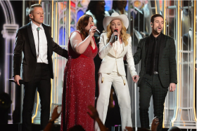 "Macklemore, Mary Lambert and Madonna sing ""Same Love"""