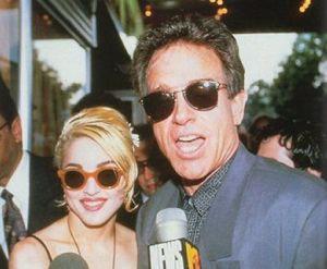 Madonna_Warren_Beatty_1989_1990