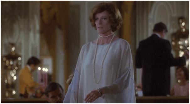 Maggie Smith won an Oscar playing an actress who wins an Oscar in 'California Suite'