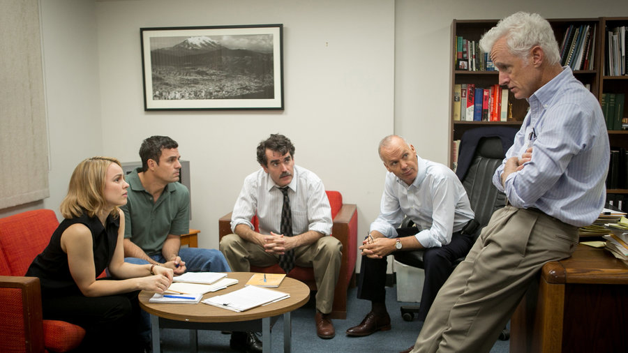 Spotlight wins the 2016  Oscar for Best Picture