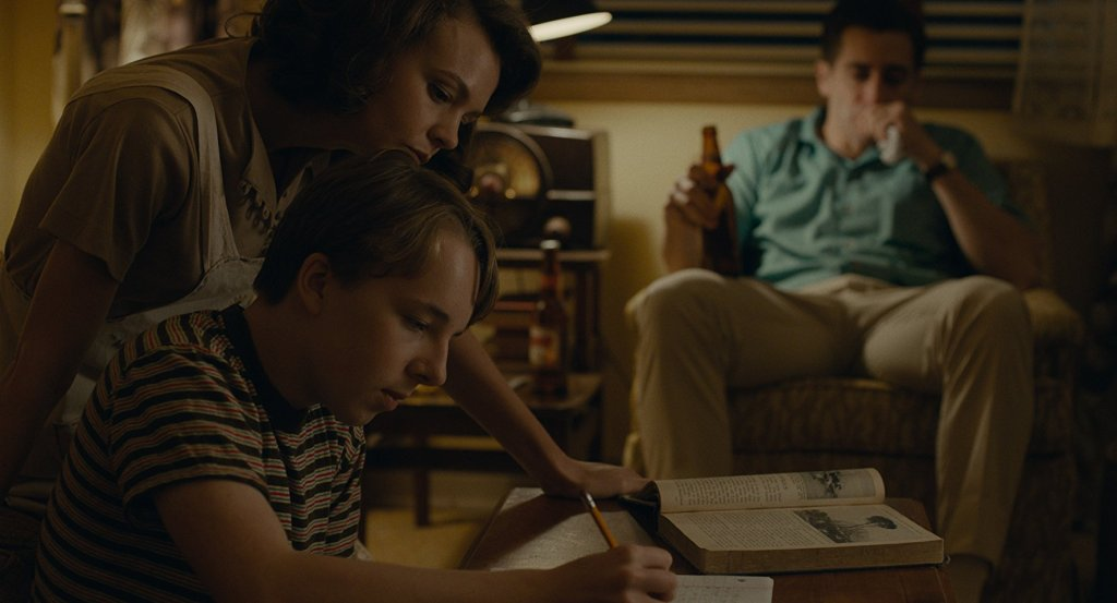 Carey Mulligan and Jake Gyllenhaal star in Paul Dano's Wildlife