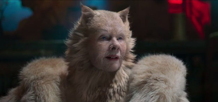 Judi Dench as Old Deuteronomy in CATS (Universal Pictures)