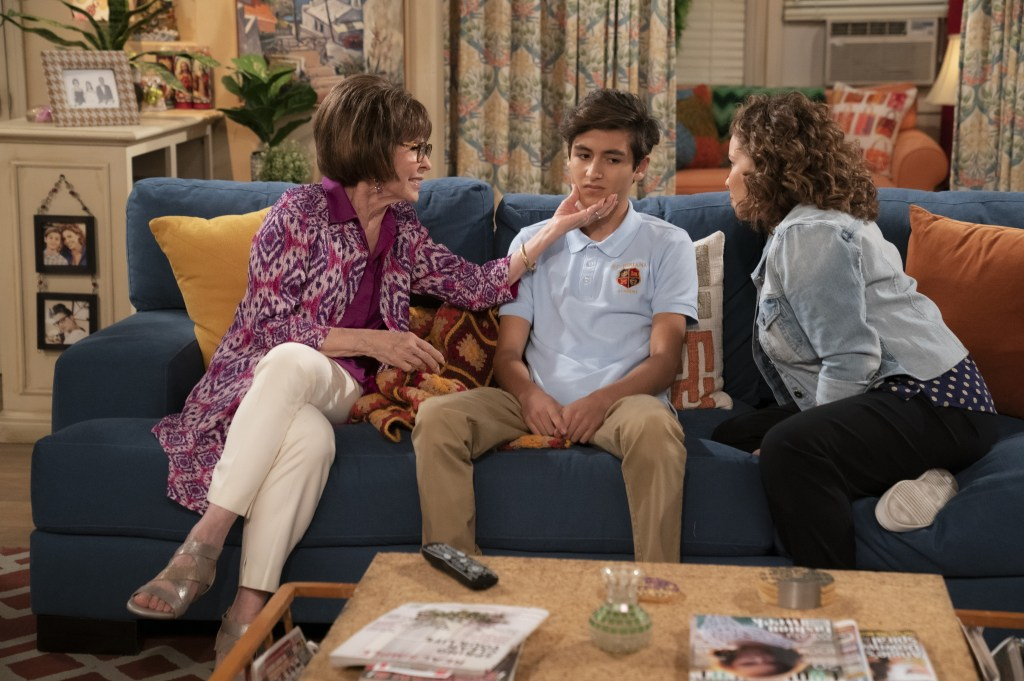 """(L-R): Talent in """"Boundaries"""", ONE DAY AT A TIME.  Photo Credit: Nicole Wilder/POP TV."""