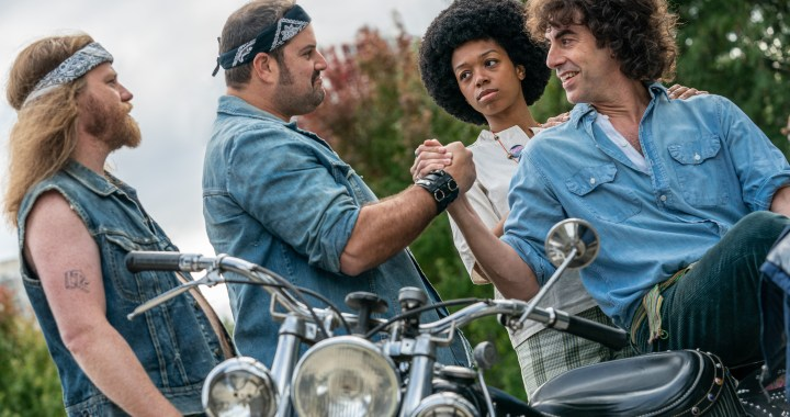 THE TRIAL OF THE CHICAGO 7 (Featured) SACHA BARON COHEN as Abbie Hoffman in THE TRIAL OF THE CHICAGO 7. Cr. NIKO TAVERNISE/NETFLIX © 2020