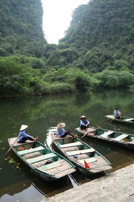 Peaceful boat ladies